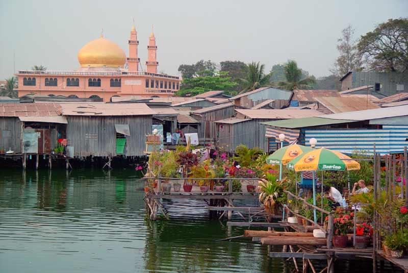 Le lac Boeung kak. ( Phnom Penh ) C36